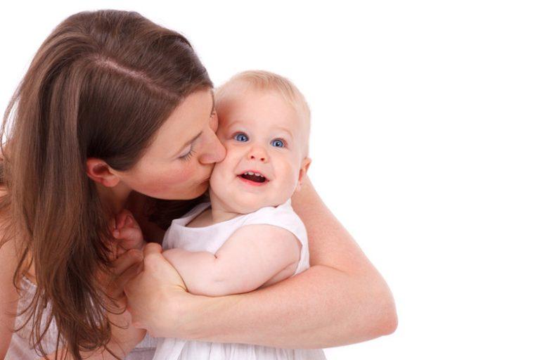 出産したママへのプレゼントには何を贈ればいい?