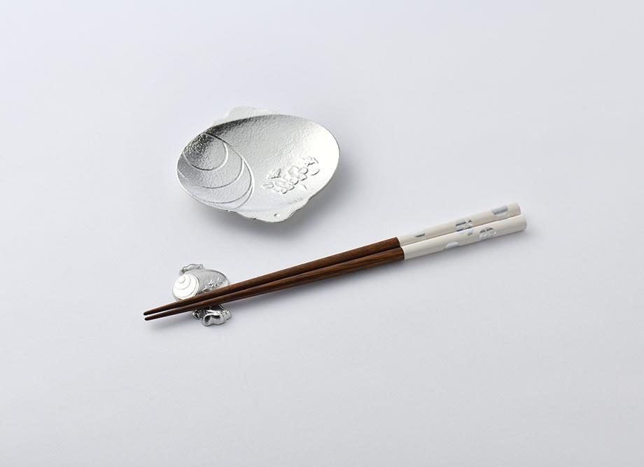 【結婚祝いにおすすめ】縁起の良い錫製 おもてなし箸セット 福楽 〜高岡銅器の錫製食器〜 小槌 箸、箸置き、豆皿セット