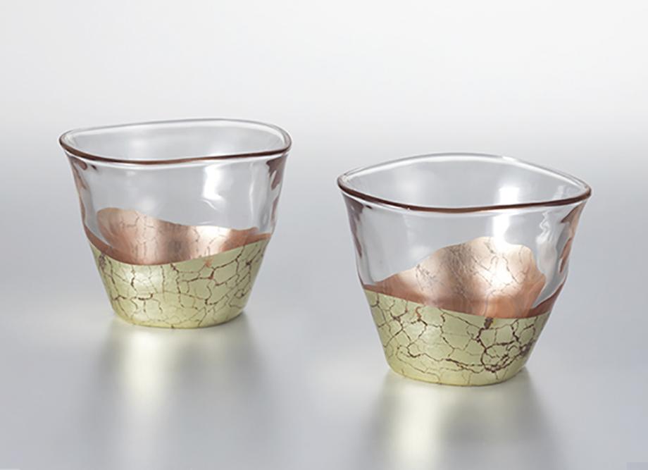 贈り物におすすめ【箔一】貫入 冷茶碗 さくら ~金箔(金沢箔)の食器~