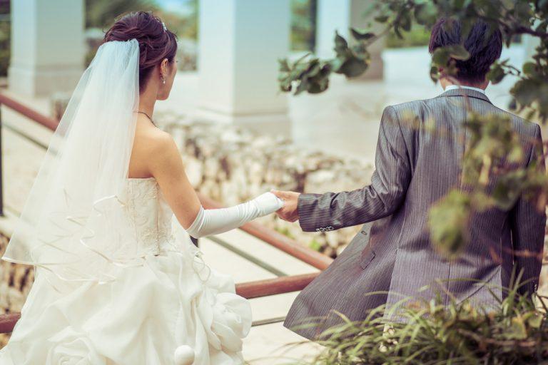 結婚祝いを披露宴の招待状が届く前に贈ってはいけない理由
